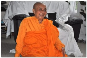 bhikkhuni011